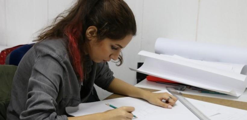 Çağatay Sanat Eğitim Merkezinde   Yeni dönemin İç mimarlık dersleri başlamıştır.